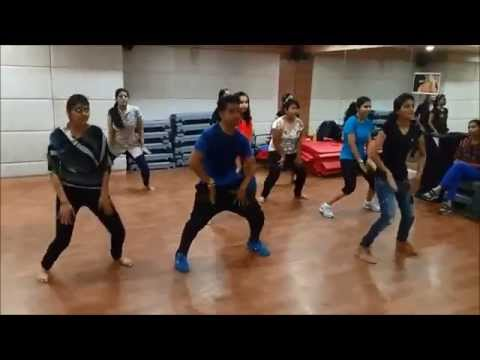 "HR's Dance School - KICK -""yaar na mile"" Freestyle dance !!!"