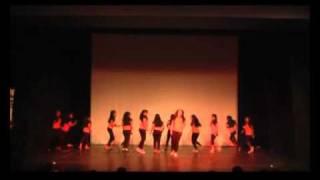 Beyonce Medley With Belly Dance Cia. de dança Kolping