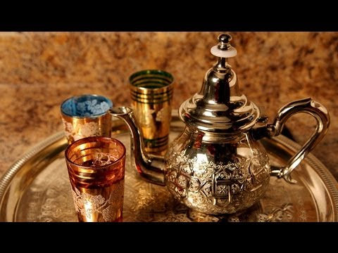 Alia's Tips: How to Make Moroccan Mint Tea!