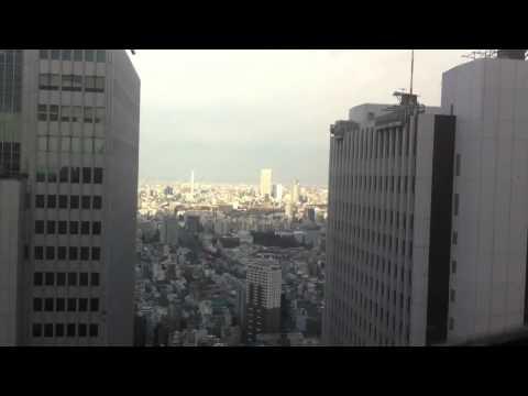 japan earthquake makes skyscraper dancing