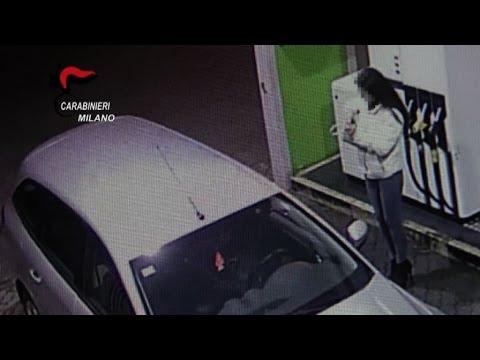 Milano marito costringeva la moglie a prostituirsi - Video marito porta la moglie a scopare ...