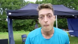Mesut Özil sakız show - Adidas reklamı