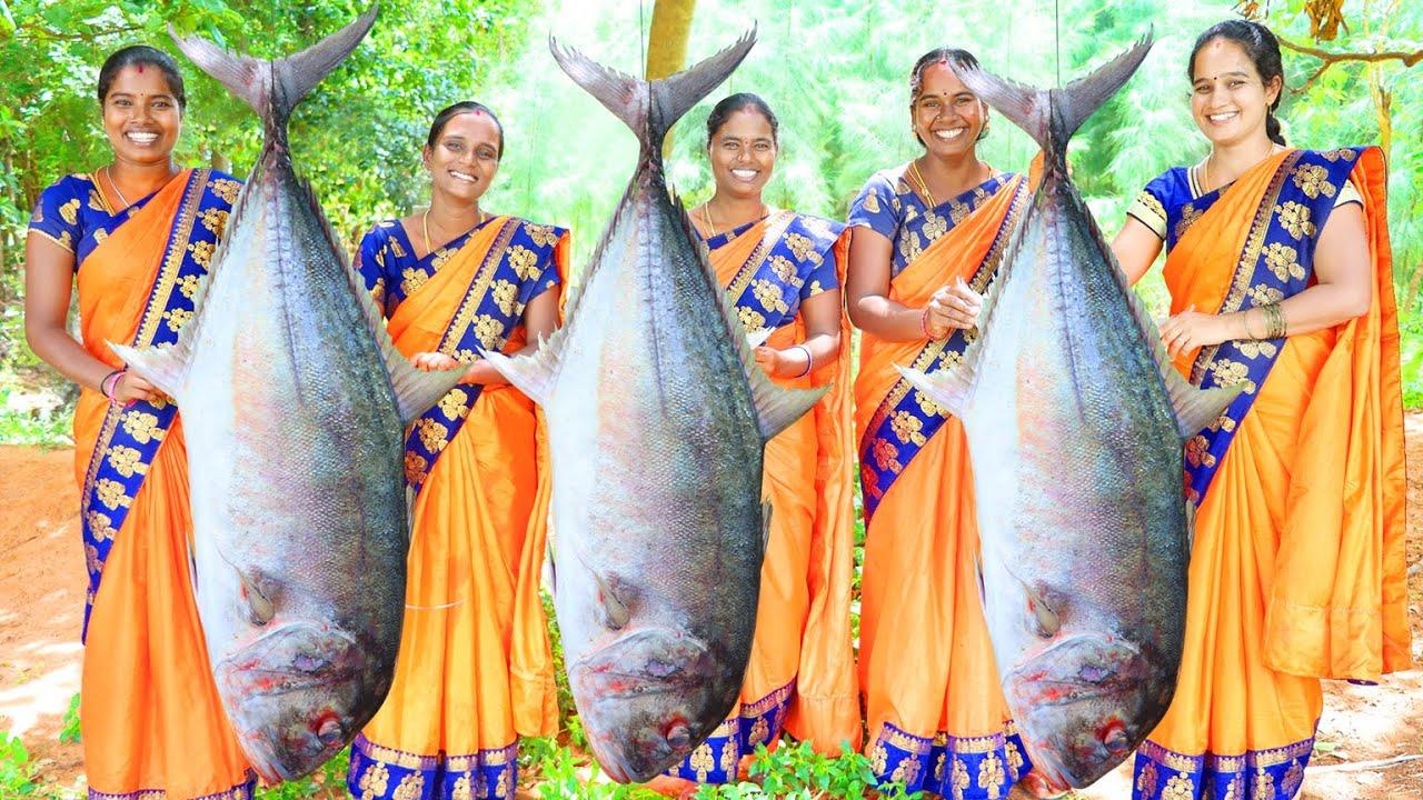 3 GIANT TRAVALLY FULL FISH BBQ RECIPE | 84Kg Fish Banana Leaf in Village Style BBQ | Village Babys