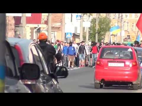 Kharkov, Ukraine, 27.4.2014: Residents, leftists and police fleeing from nazi mob