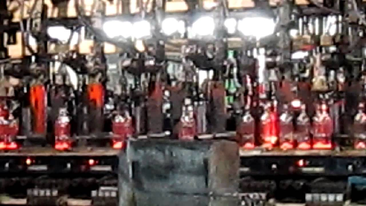 Fabricaci n de botellas de vidrio youtube - Fabrica de floreros de vidrio ...