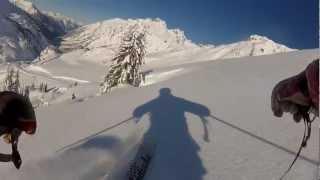 Skilehrer auf dem Weg zur Arbeit...