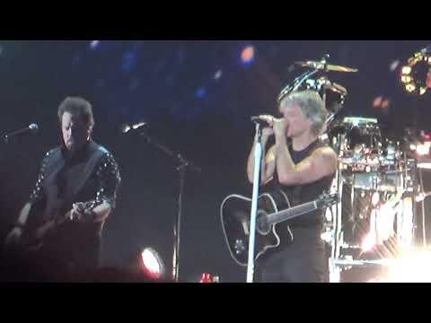 Bon Jovi - Wanted Dead Or Alive LIVE In Bucharest, Romania // Piata Constitutiei // 21.07.2019