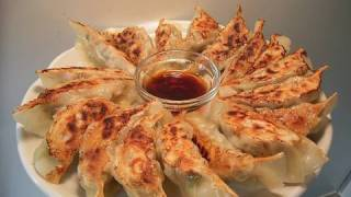 How to make GYOZA Chinese dumplings (jiaozi) 餃子