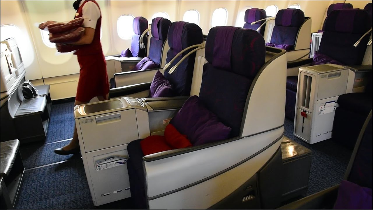 China Eastern Business Class | Boeing 777-300ER - YouTube |Chinese Merchant Class