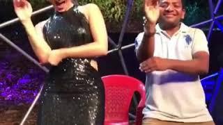 Download Video Sunny Leone & Prabhakar Funny Dance : Splitsvilla X throwback video..!! MP3 3GP MP4
