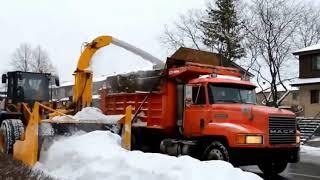 Video Mobil Truck Pembersih Salju Ini Sangat Keren, Kamu Harus Tau download MP3, 3GP, MP4, WEBM, AVI, FLV Agustus 2018