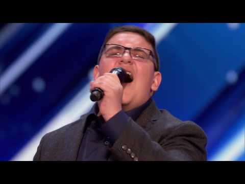 america's got talent 2017 golden buzzer audition    Christian Guardino