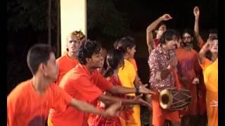 Devghar Mein Kanwariya Nache Bhojpuri Kanwar Bhajan Manoj Tiwari Mridul I NAACH BUM
