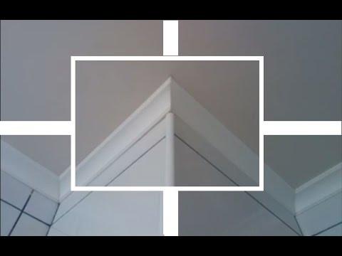 Как правильно вырезать внешний угол потолочного плинтуса видео