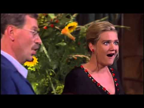 "J.S. Bach ""Cantata del Café"" BWV 211 (subtitulos español)"