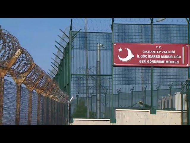 Türkei schiebt Deutsche ab: Möglicherweise auch IS-Anhänger
