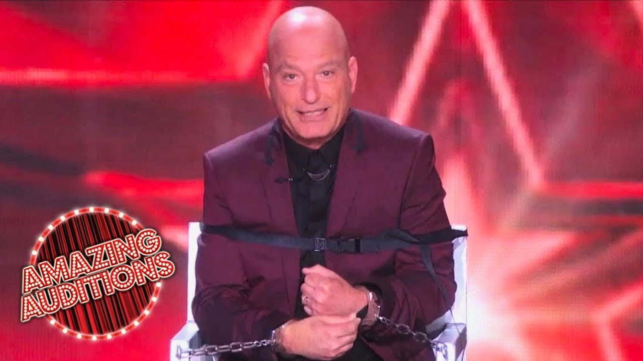America s got talent 2015 howie mandel gets into the act for Howie at home