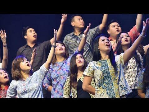 Happy Choir NDC BW2 - Sampai Akhir Hidupku (JPCC Worship)