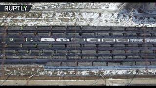 Беспилотник заснял заблокированные в Донбассе составы с углём