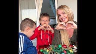 Даша Пынзарь. Украсили с сыночками наш дом к Новому году)) 🎄🎄🎄