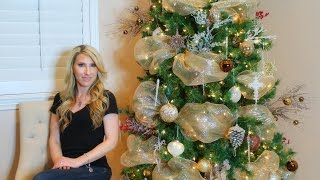 How To Decorate A Christmas Tree!!