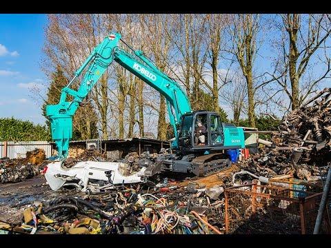 PRIMEUR: Kobelco SK210D 'Multi Dismantling' voor Van Spanje