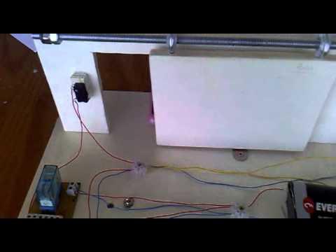Puerta corredera de garaje ies els ports 3 eso youtube - Hacer puerta corredera ...