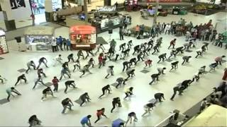 Flash Mob by Reva ITM, Bangalore (OFFICIAL VIDEO) at Forum Value Mall for Revamp 2012