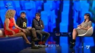 VICTOR VICTORIA - Salemme, Brilli e Soldini alla prova del 'celo manca'