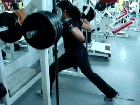 Yo en el gym youtube for El gimnasio