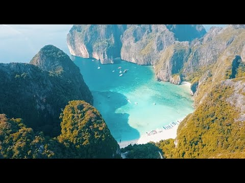 Backpacking Thailand -   EPIC DAY IN THE PHI PHI ISLANDS  