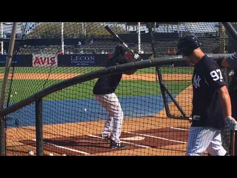 Yankees' Miguel Andujar takes BP