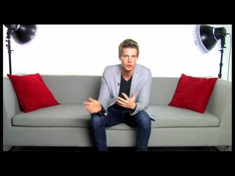 Ask a Star: Hunter Parrish