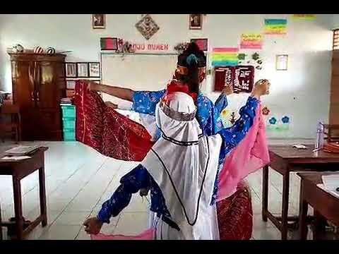 Bungong Jeumpo persembahan siswa kelas 5 SDN Jetis 01