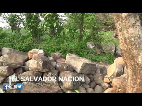 Dia de pan y cafe en El campo de El Salvador parte 1