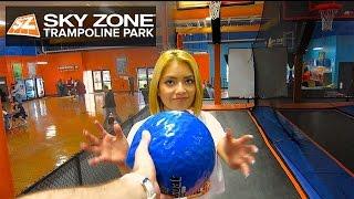 Sky Zone Indoor Trampoline Park DUNK CONTEST