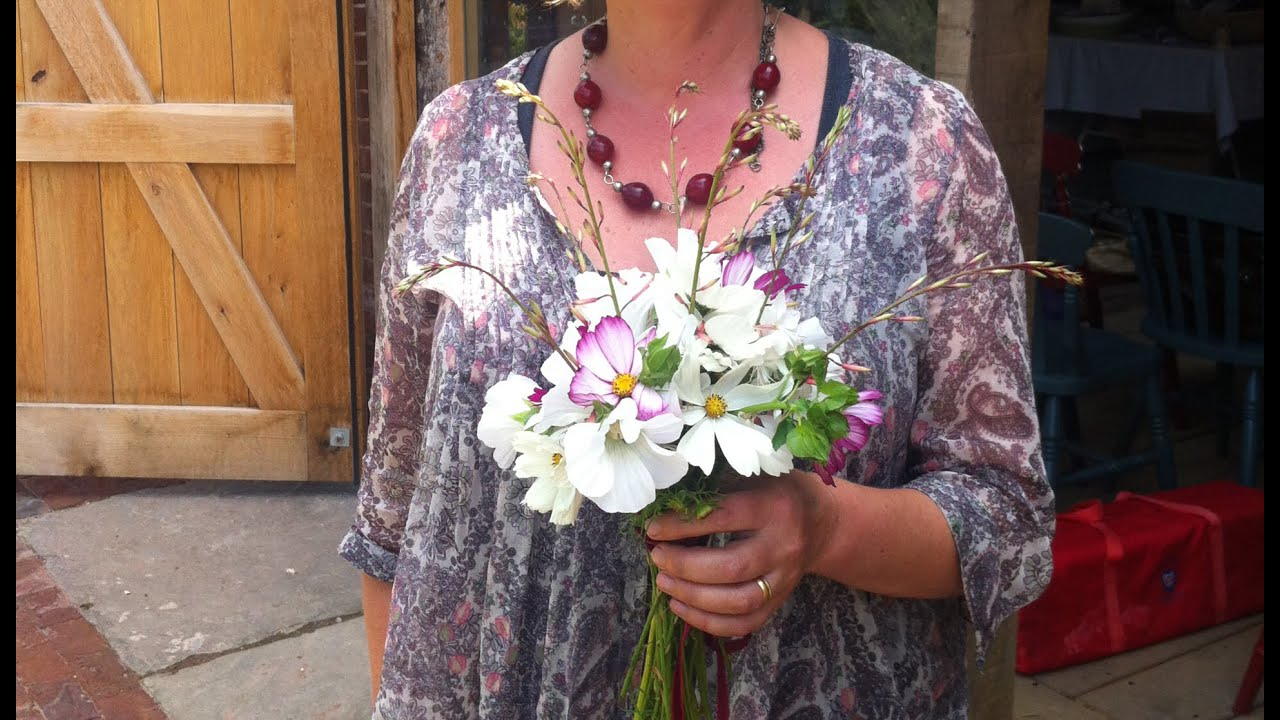 how to make a posy for funeral