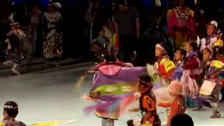 GATHERING OF NATIONS POW WOW 2019   Day 2  :  Tiny Tots Girls Dance