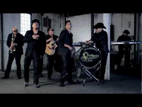 Alacranes Musical - Besos De Fuego / OFFICIAL MUSIC VIDEO 2012