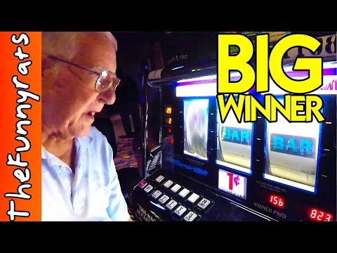 OLD MAN WINS BIG ON CASINO SLOT MACHINES - Things To Do in Louisiana [Baldwin, LA]