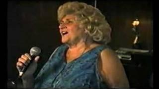 Beryl Bryden (1)