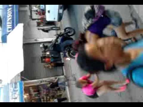 Mujeres peleando en el centro de Monterrey  YouTube