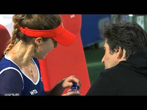 Alize Cornet bursts out in tears on a changeover against Venus Williams in Dubai
