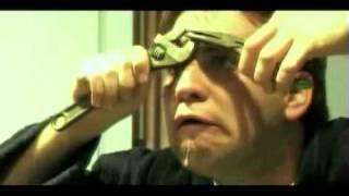 Repeat youtube video The world's largest pimple zit- La espinilla mas grande del mundo
