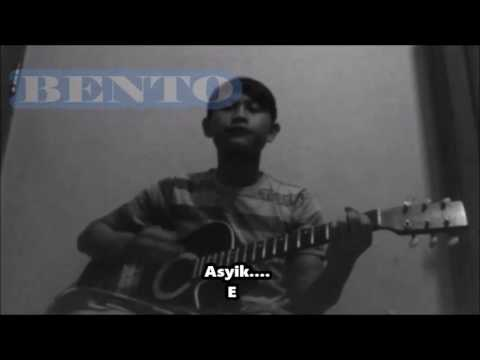 Iwan Fals - Bento Chord Dan Lirik Lagu #Tebayoll