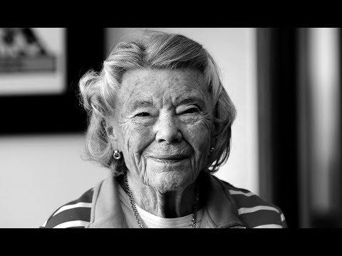 HERZSCHMERZ-AUTORIN: Rosamunde Pilcher mit 94 Jahren gestorben Mp3