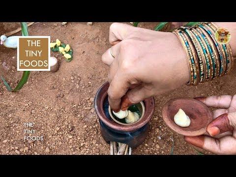 Veg Momos Recipe   Easy Ways To Fold Veg Momo   Vegetable Dim Sum  E41   The Tiny Foods