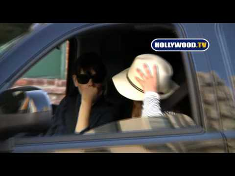 Jessica Alba Gets Pulled Over By Cops In Santa Monica