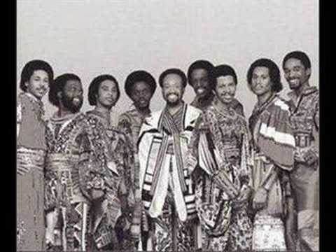 Earth, Wind & Fire  Sing a Song