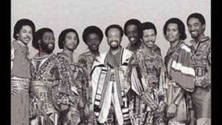 Watch Earth Wind  Fire Sing A Song video
